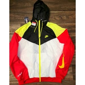 Nike City Of Athletes L.A. Windrunner Jacket